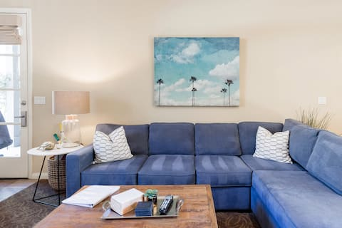 ☀️🌴Remodeled Legacy Villas Retreat 🌴☀️ All Five Star Reviews