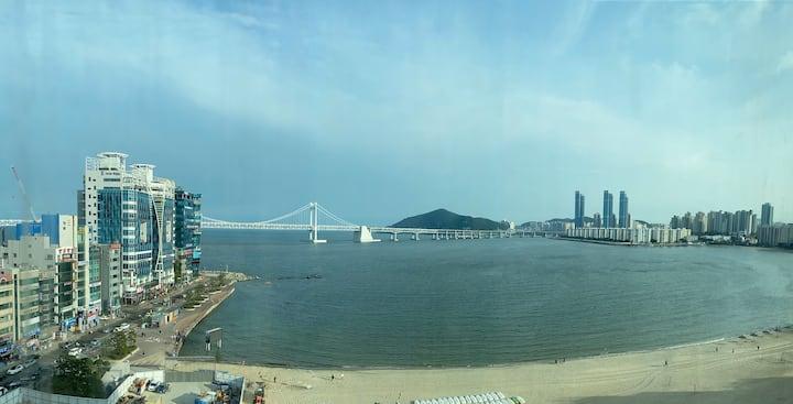 Ocean View, 너울마루 공간