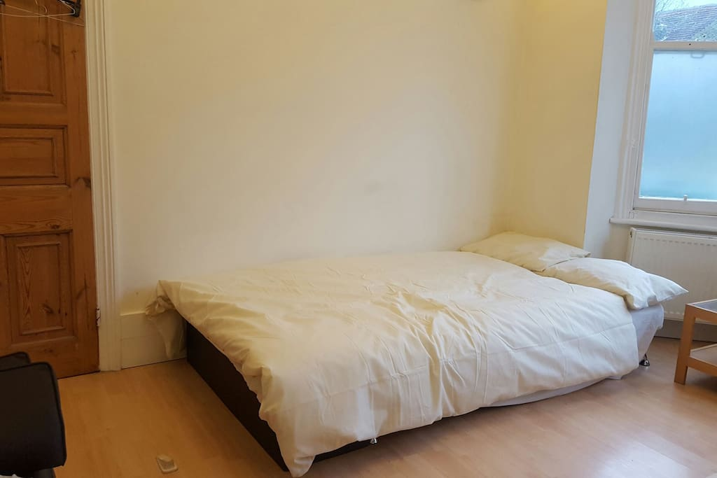 Sofa bed (220cm x 112cm x 40cm)