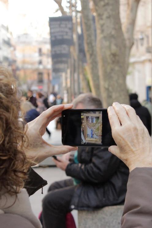 Afficher l'image fournie par l'hôte en plein écran