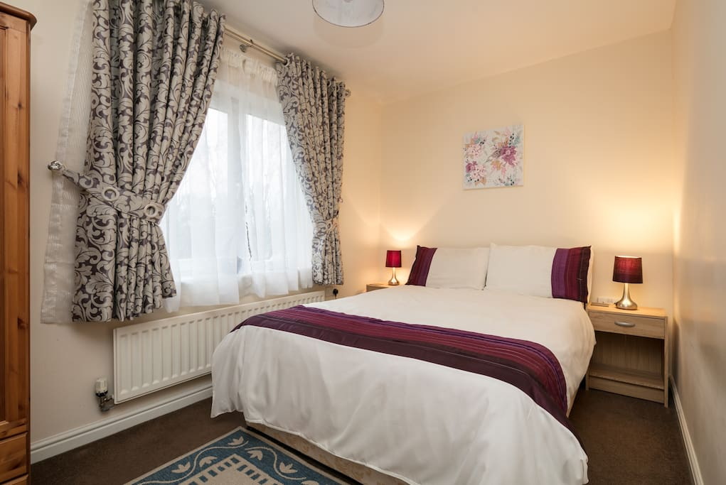 Room To Rent For Couples In Manchester