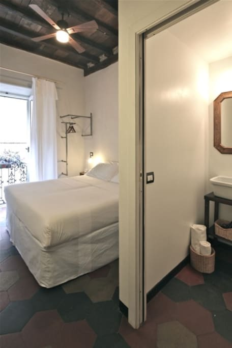 room with bathroom view 1
