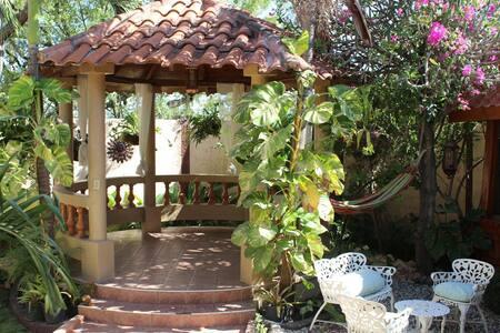 Bellini House & Garden- King Room