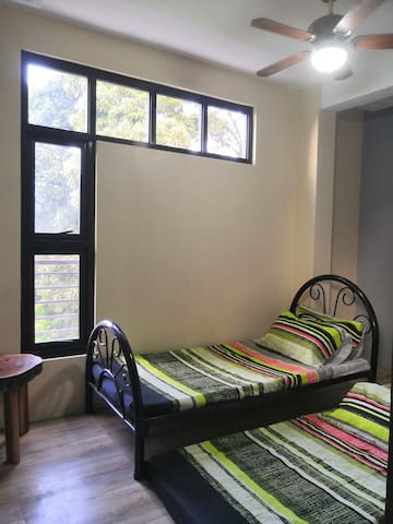 The Attic Mountain Lodge (Room 2)-Tagaytay