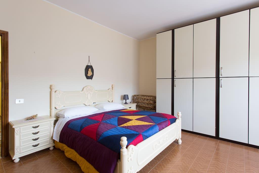 stanza 1 privata doppia margherita chambres d 39 h tes louer casape latium italie. Black Bedroom Furniture Sets. Home Design Ideas