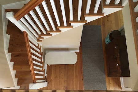 Simply Comfortable 4 BR Country Home with Pool - Roxbury - 一軒家