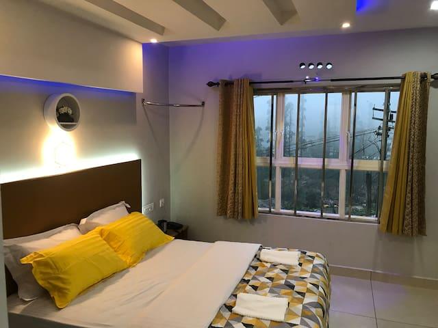 MehaKira Holiday Inn-Munnar