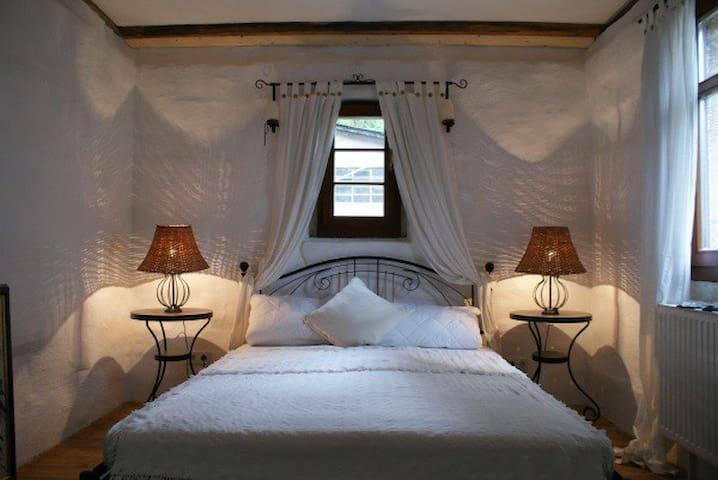 Romantisch Wohnen mit Flair am Schloß Pillnitz