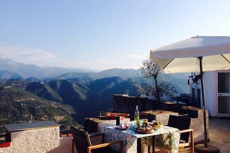 Casa Castello - heaven is a place on earth! - Perinaldo
