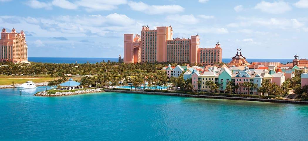 2 Bedroom Villa Harborside Resort at Atlantis