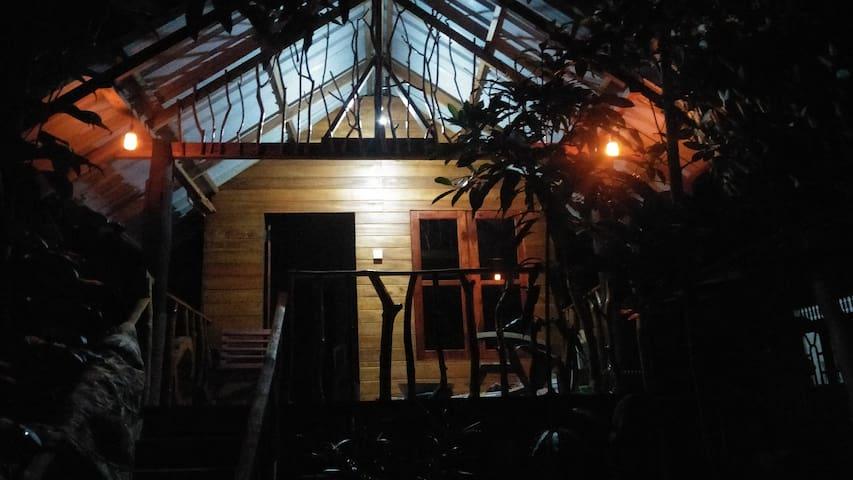Sigiriya Shan homestay And Tree House
