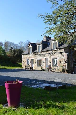 Maison à Louer à la campagne à 4km de la mer