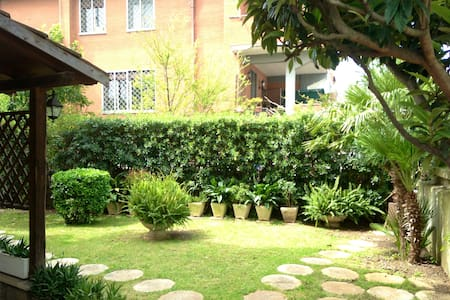 Big Villa with big garden in Ostia - Lido di Ostia