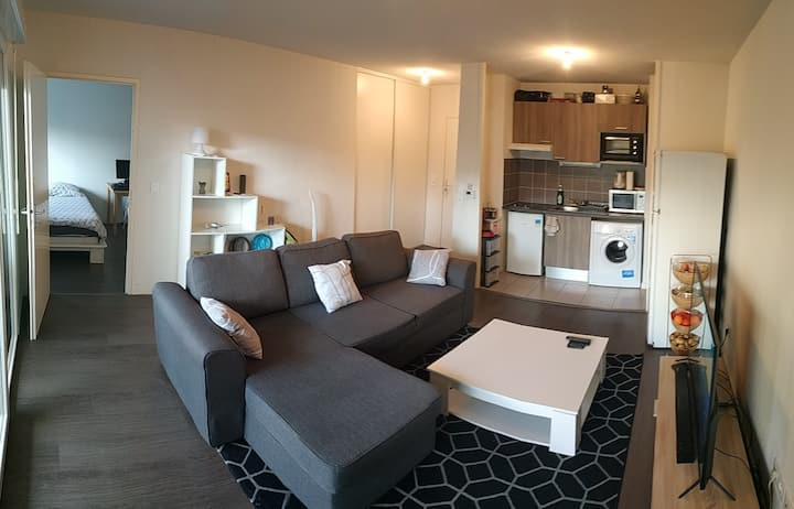 Appartement lumineux avec spa en terrasse