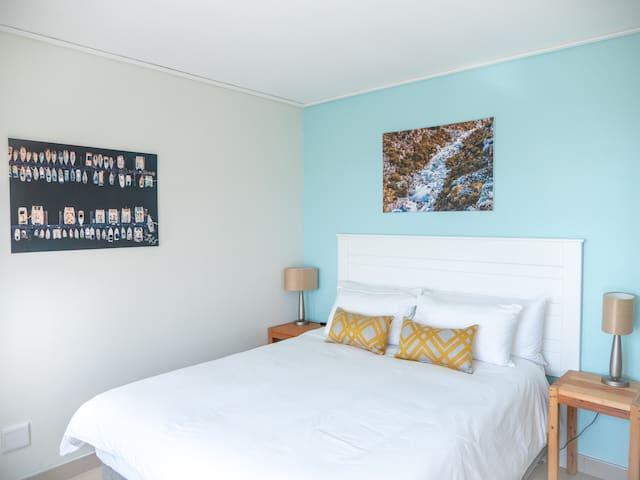 Mitra Mews Bright 2 Bedroom Apartment #6