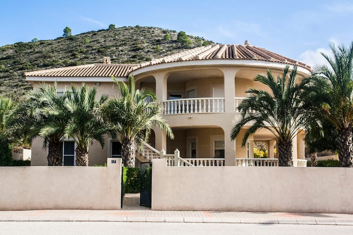 Villa Plexo Solar met privézwembad