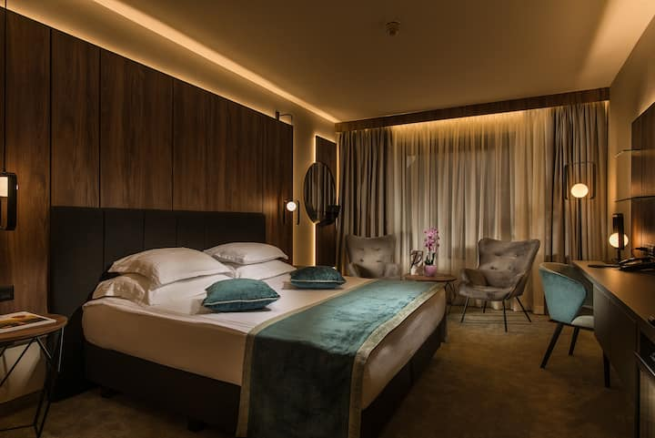 Superior room at Rosslyn Central Park Hotel Sofia