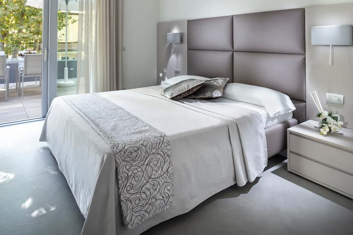 Suite Apartment Paris Bellaria Igea Marina