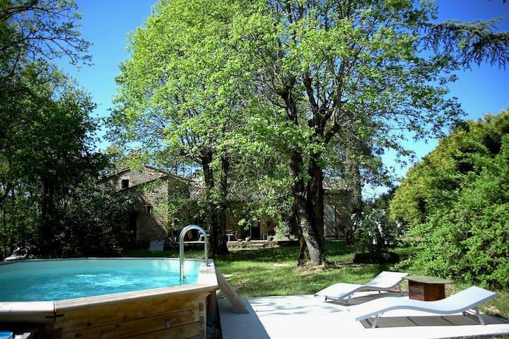 Maison d'architecte à Sarlat, 3km - Sarlat-la-Canéda - Huis