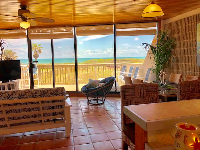 Beautiful beachfront condo