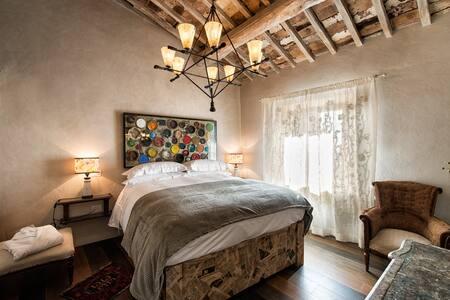 Locanda Franci - Painter's Room - Montalcino - Bed & Breakfast
