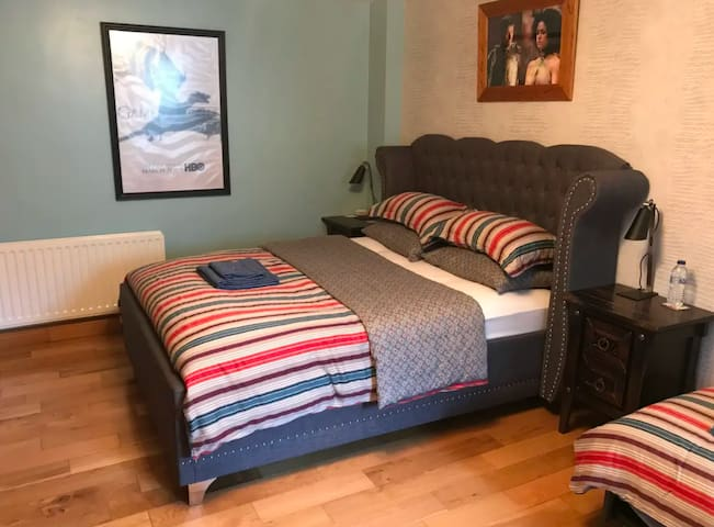 Double Bedroom City Centre, King size Bed
