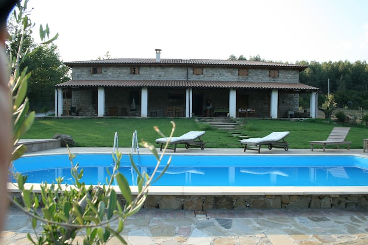Villa Cerreto and Residence - Torre Orsaia - Bed & Breakfast