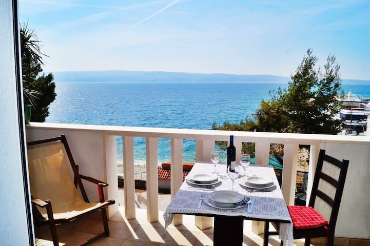 Marinero 1 beach apartment sea view - Split