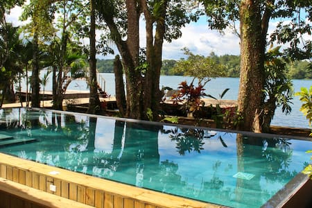 ★Tom's Paradise: River Front View, Pool+Free WiFi