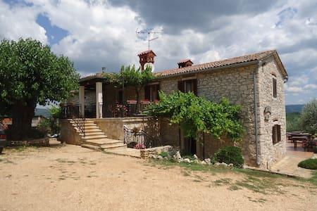 Agroturizam Tikel - Špinovci - Motovun