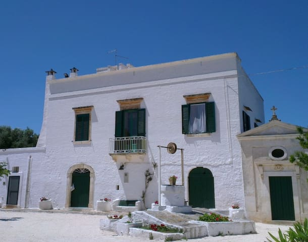 Entire authentic Masseria between Ostuni and sea - ออสตูนี่ - วิลล่า