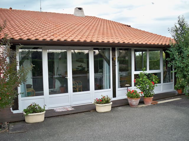 maison plus jardin - Hinx - Rumah