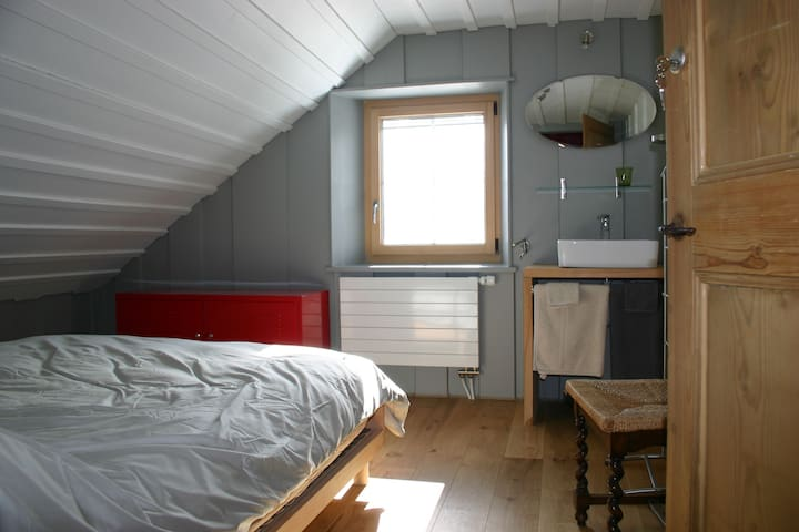 La Passagère - La Côte-aux-Fées - Haus