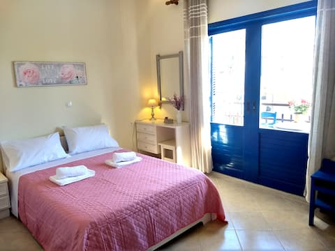2-Bedroom Blue & White House with Garden and Beach