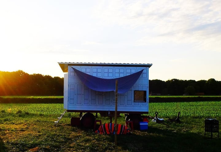 Tiny House off-the-grid- Schooteindhoeve