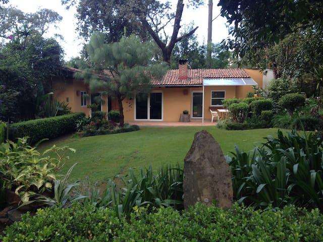 Avandaro Guest House - Valle de Bravo
