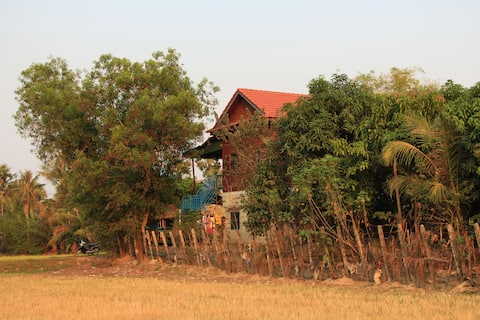 Living Camodia Home Stay