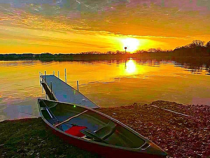 Chain O'Lakes Lakeside Getaway