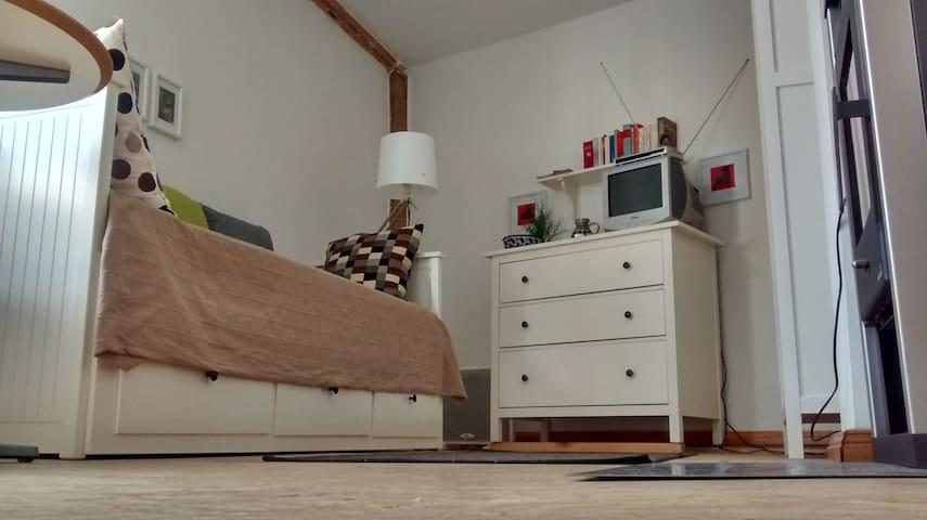 Schicke Wohnung in lauschigem Hof - Halle (Saale) - Apartamento