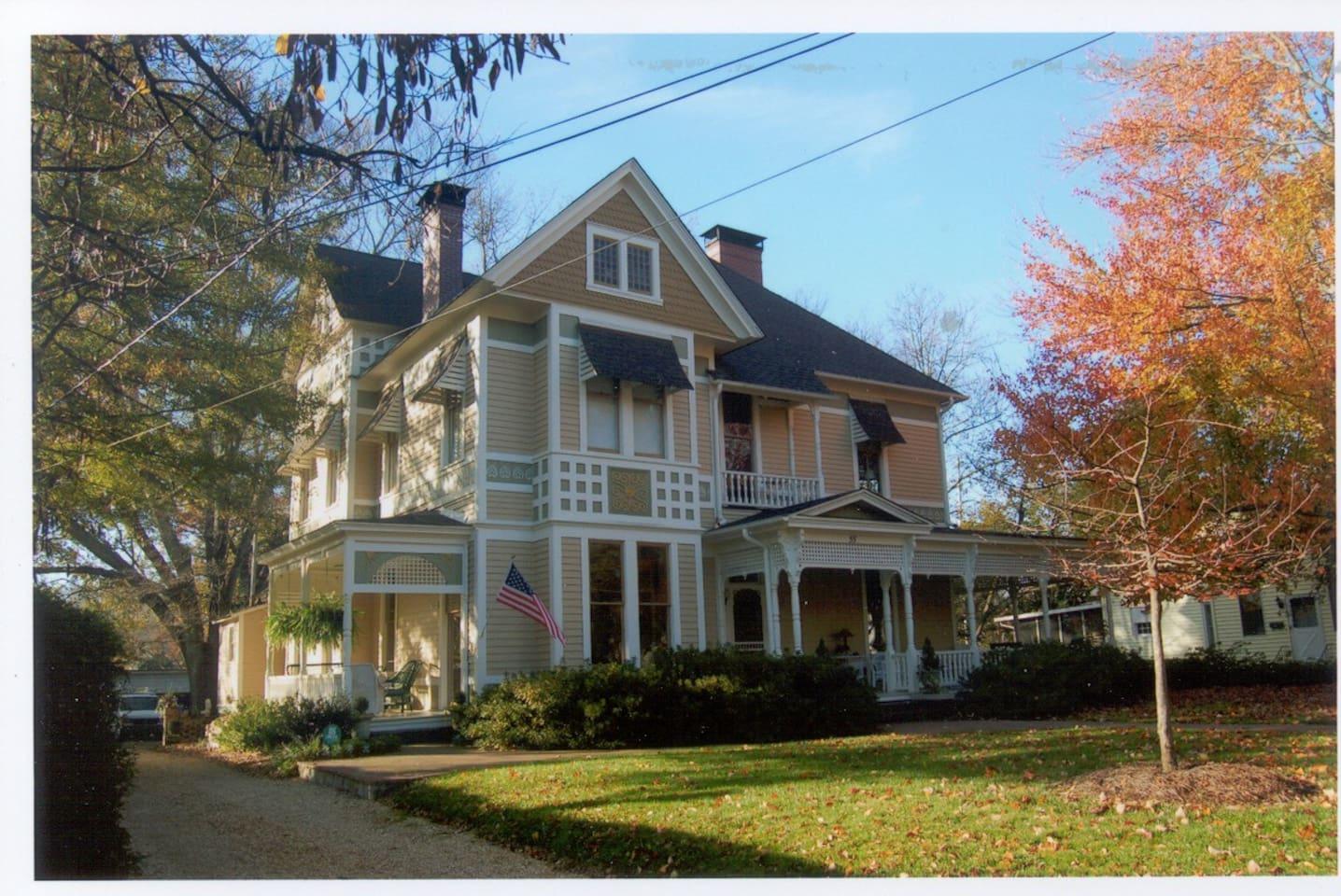 1887 Leander Newton Trammell House, Marietta, GA