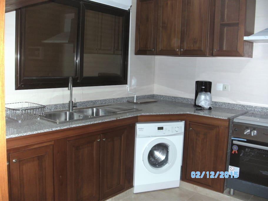 Appartement meubl aux almadies apartments for rent in for Meuble au senegal