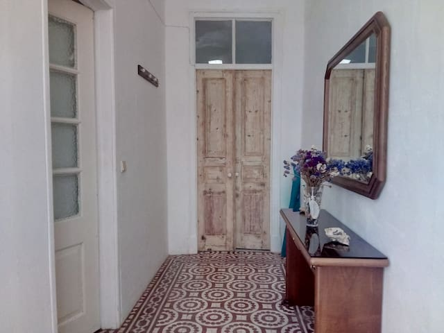 Renovated Traditional Townhouse - Olhão