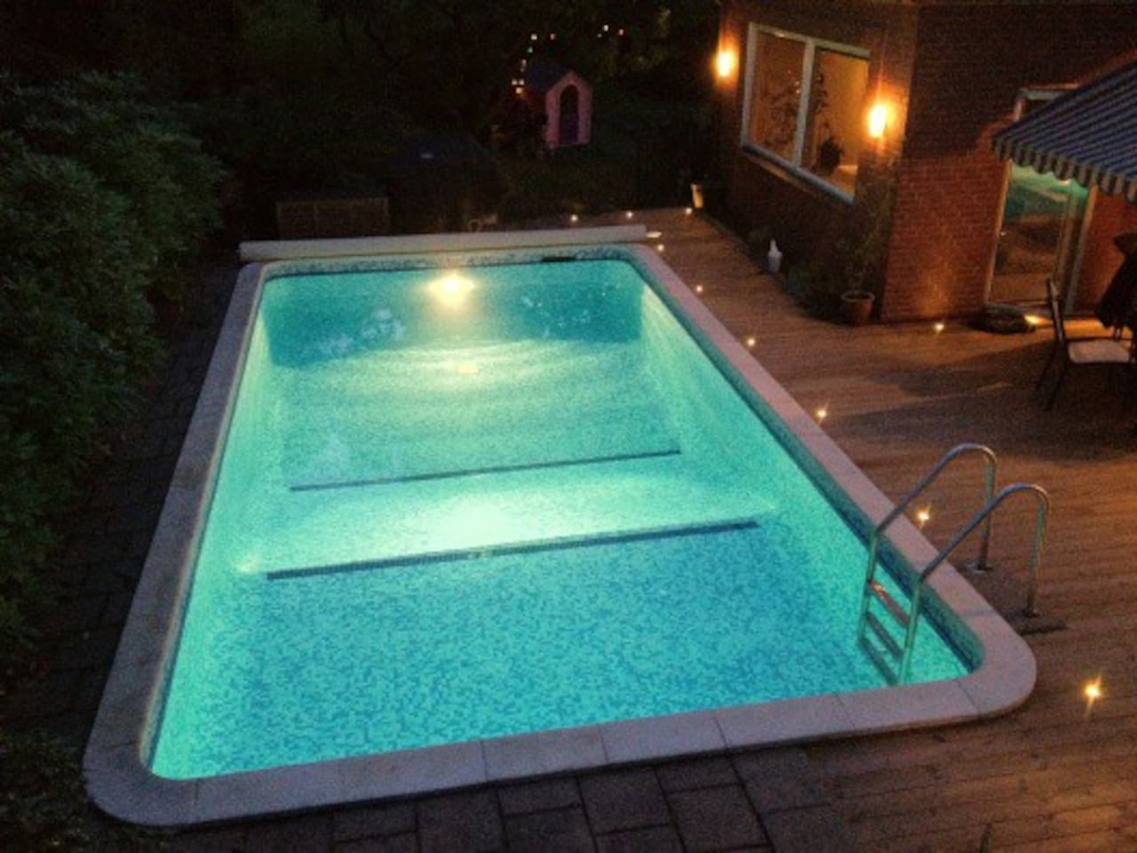 Heated pool, 8x4m, just outside living room and kitchen