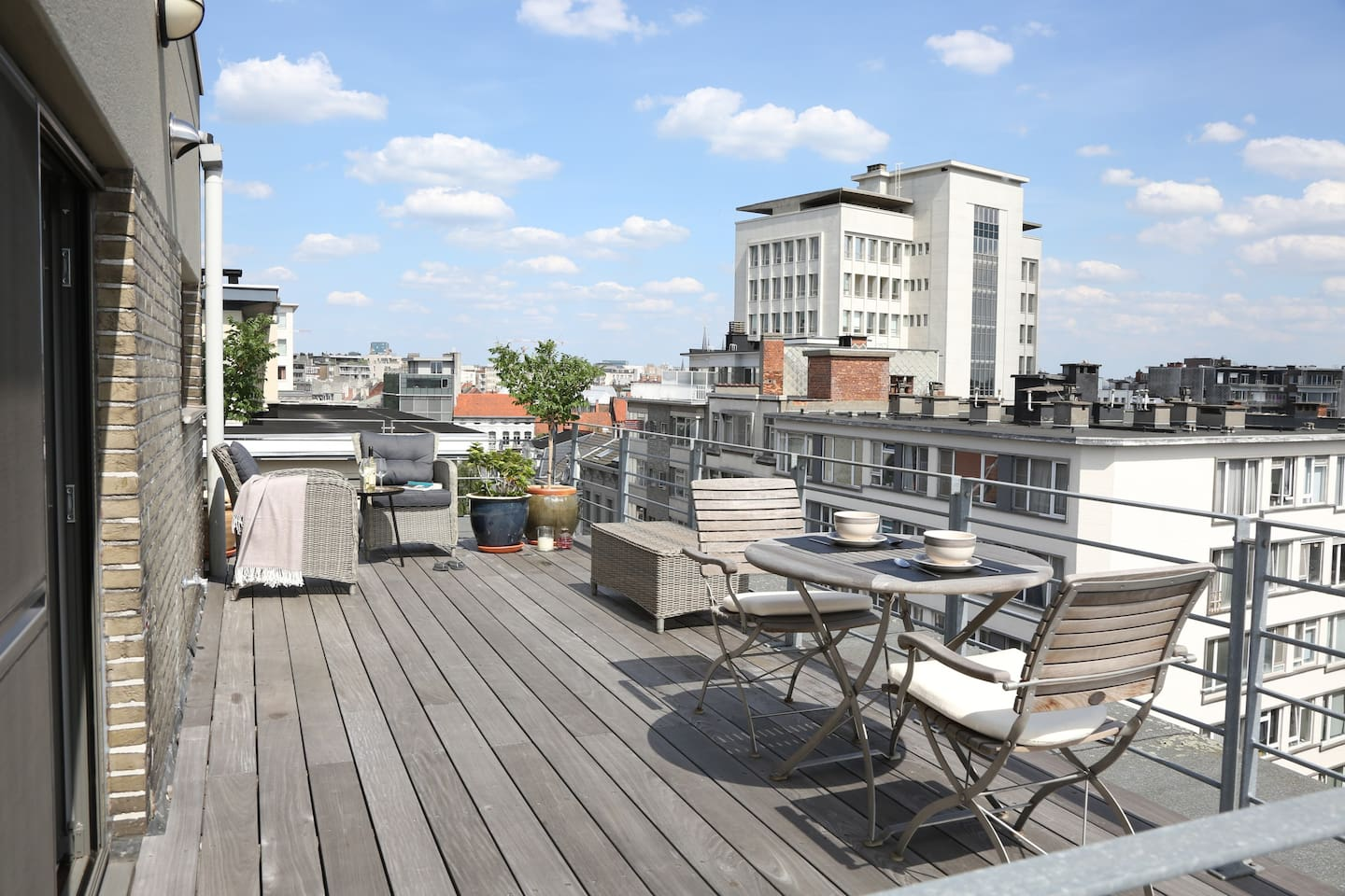 Rooftop terrace, south orientated