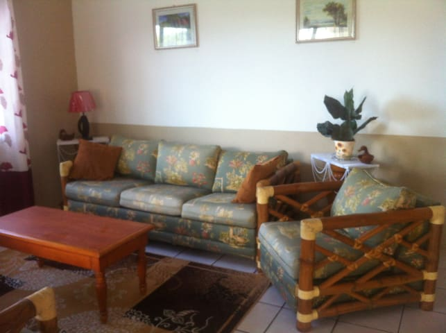 Tropical Vibes Cozy (1) Bedroom Apt - Belize City - Rumah