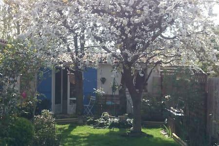 logement indépendant proche nantes - Rezé - House - 1