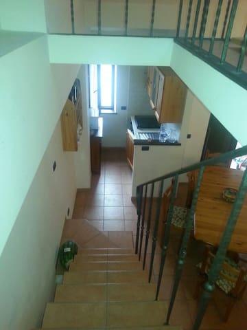 Casa elegante in montagna - Roccacinquemiglia - Apartemen