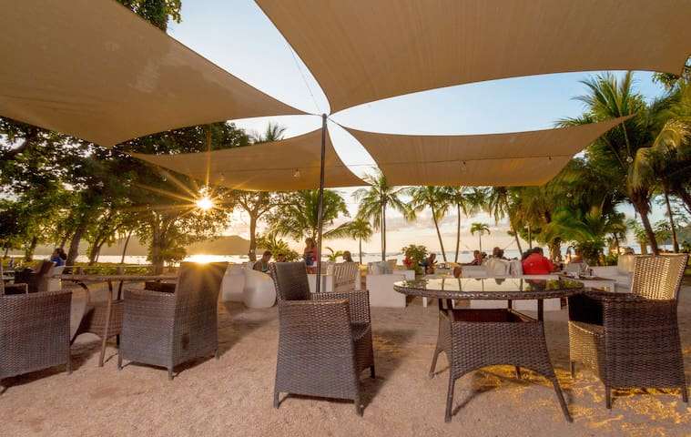 Café de Playa Suites on the beach