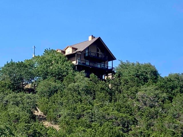 Canyon Lake Hilltop Paradise