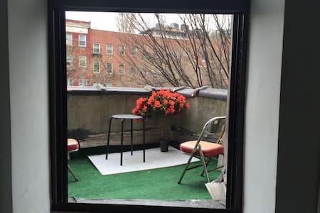 Lovely Soho / Village 1BR SLEEPS 4 - New York - Apartment